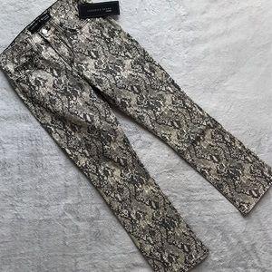 NWT Veronica Beard Carolyn Snake High Rise Jeans